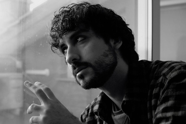 """POPLUC """"Mi Manca"""" è il secondo autobiografico singolo del cantautore romano"""