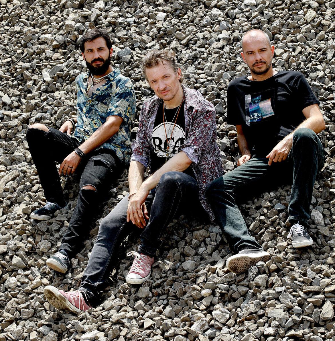 """Venerdì 21 maggio esce in radio e in digitale il nuovo brano dei The Pillheads, """"DOMANI VOGLIO FARLO ANCORA"""""""