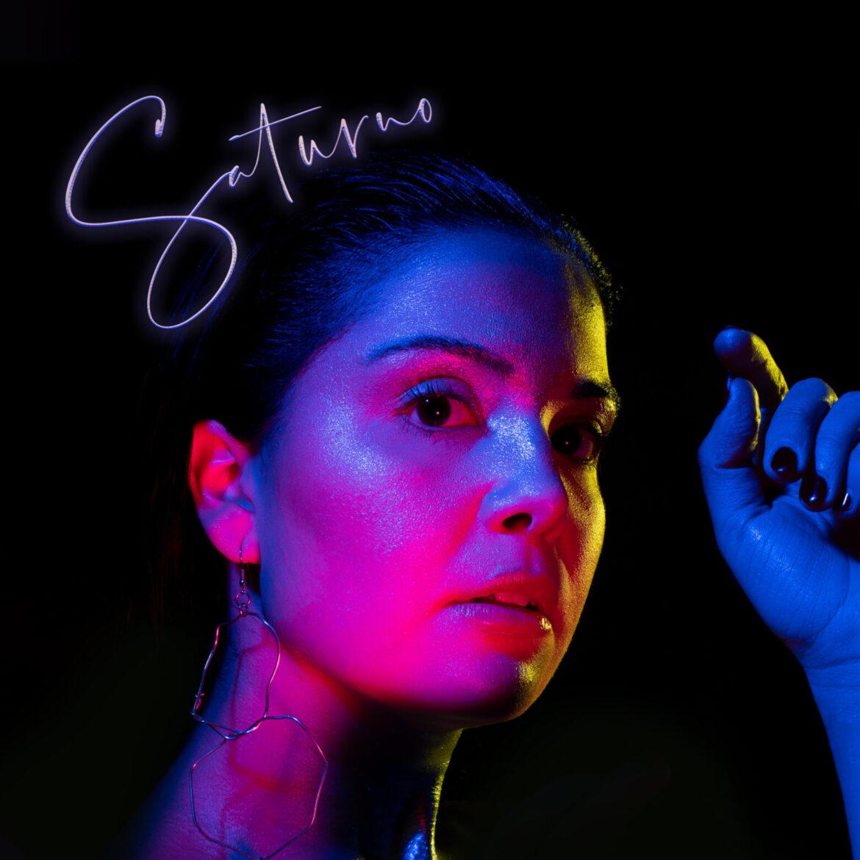Saturno è il disco di debutto di Nove
